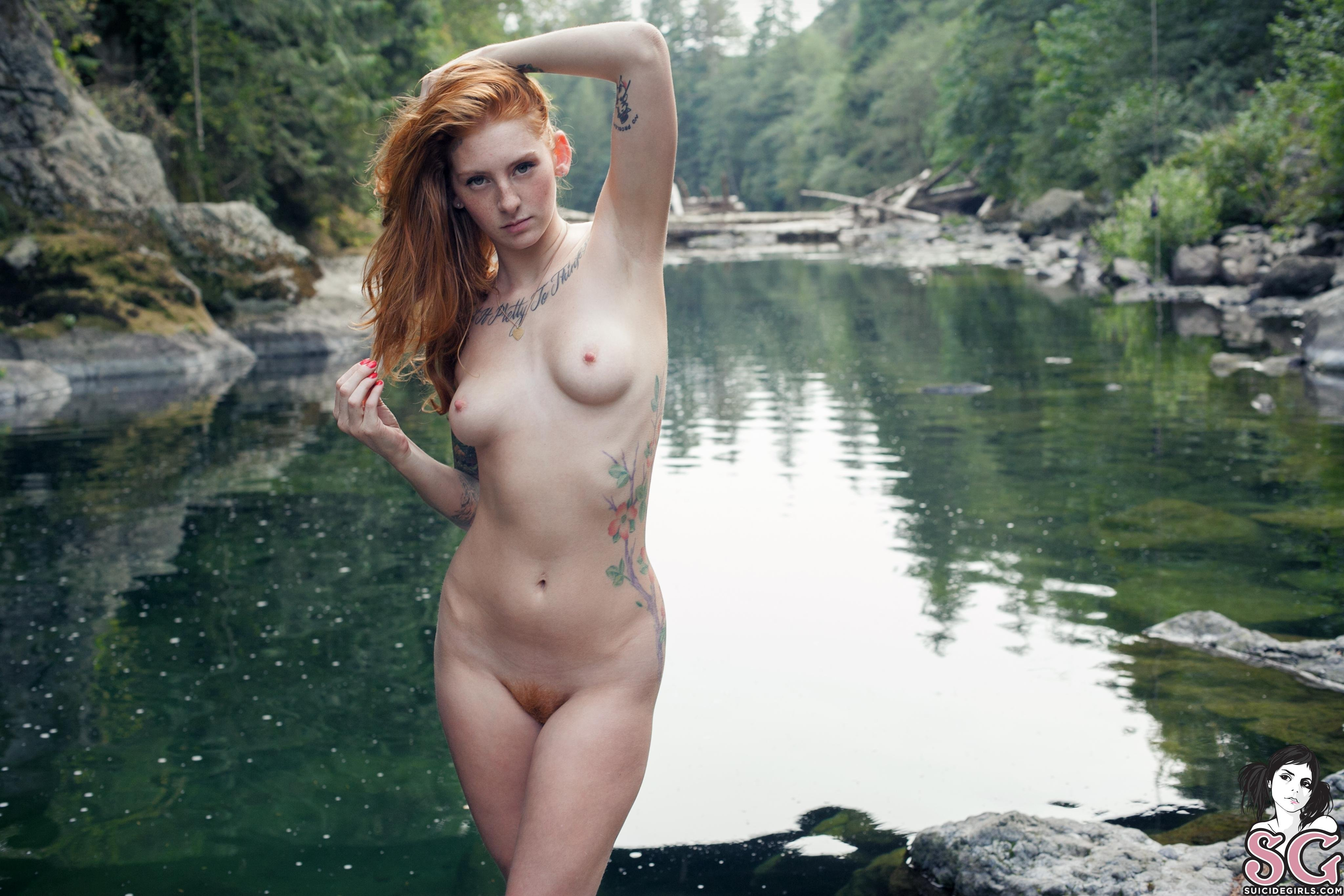 Download Wallpaper river sexy model tits girl breast nude ...