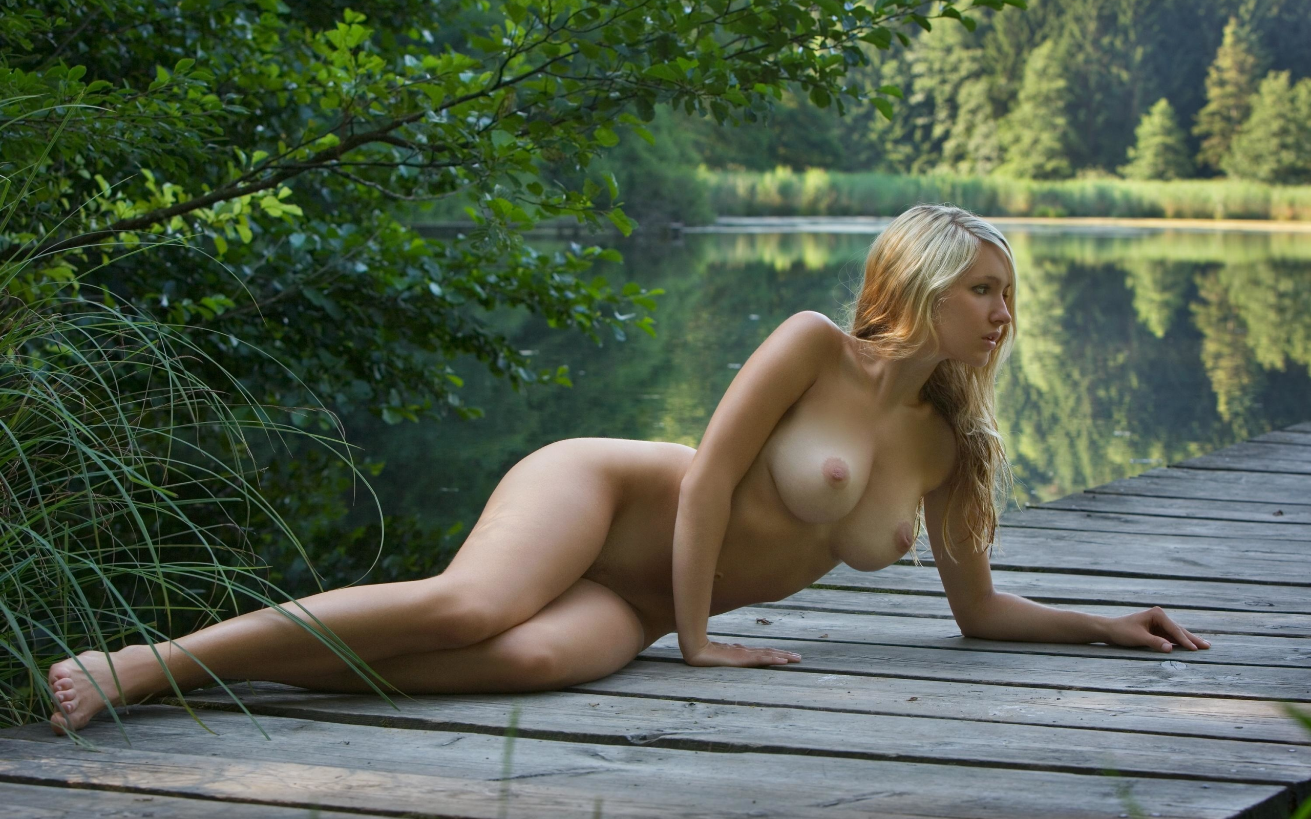 Violla fun and playful personality stands out in a outdoor shoot with matiss