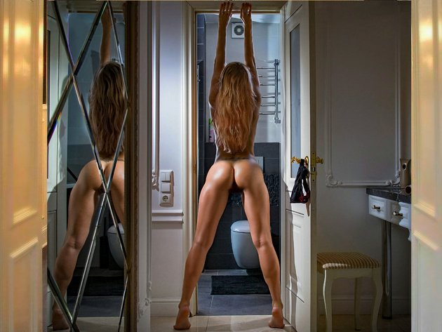 Wallpaper sexy, brunette, reflection, erotic, girl, ass, legs, mirror, room, angle