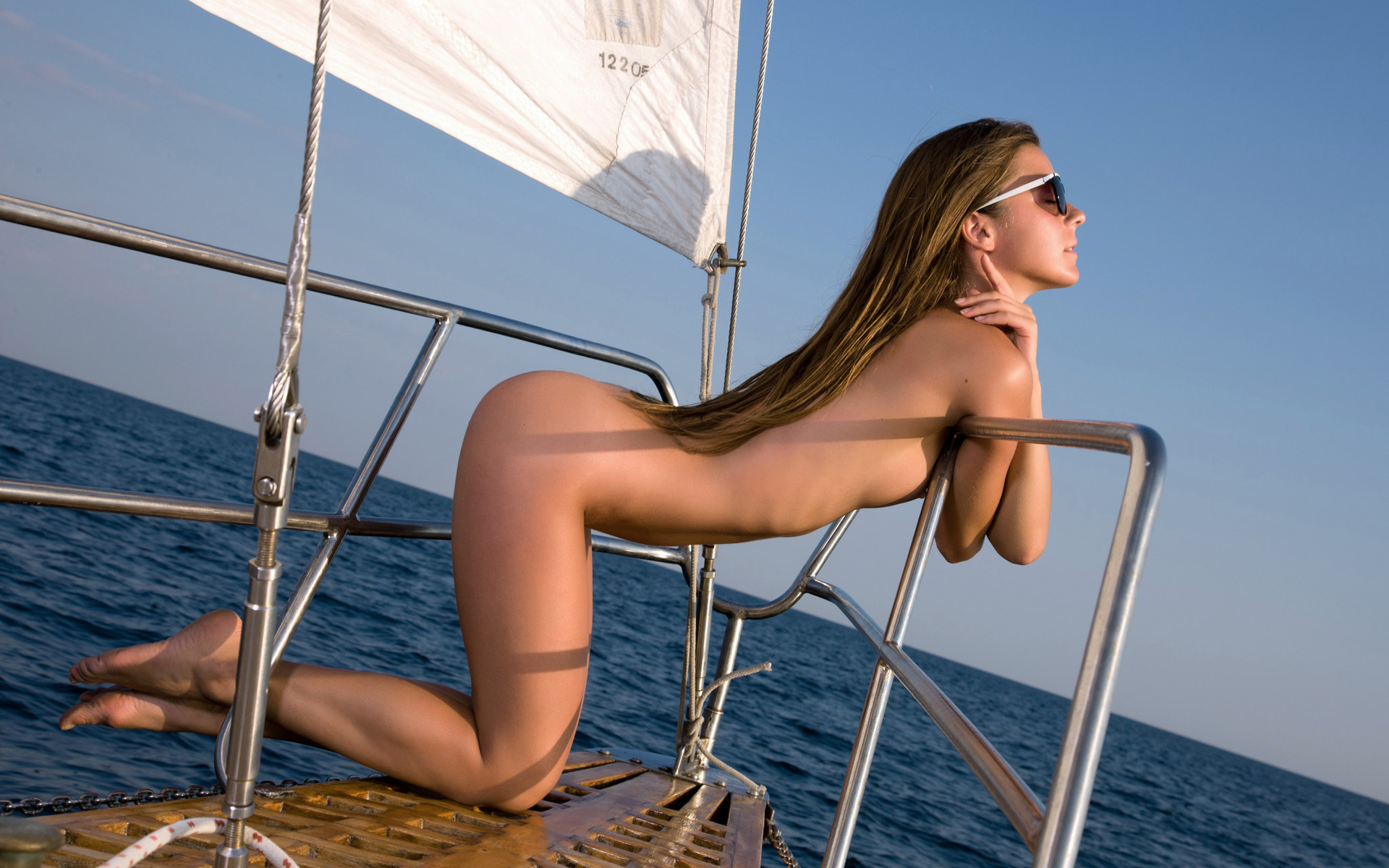 Hot xxx girls and boats, miley cyrus pussy