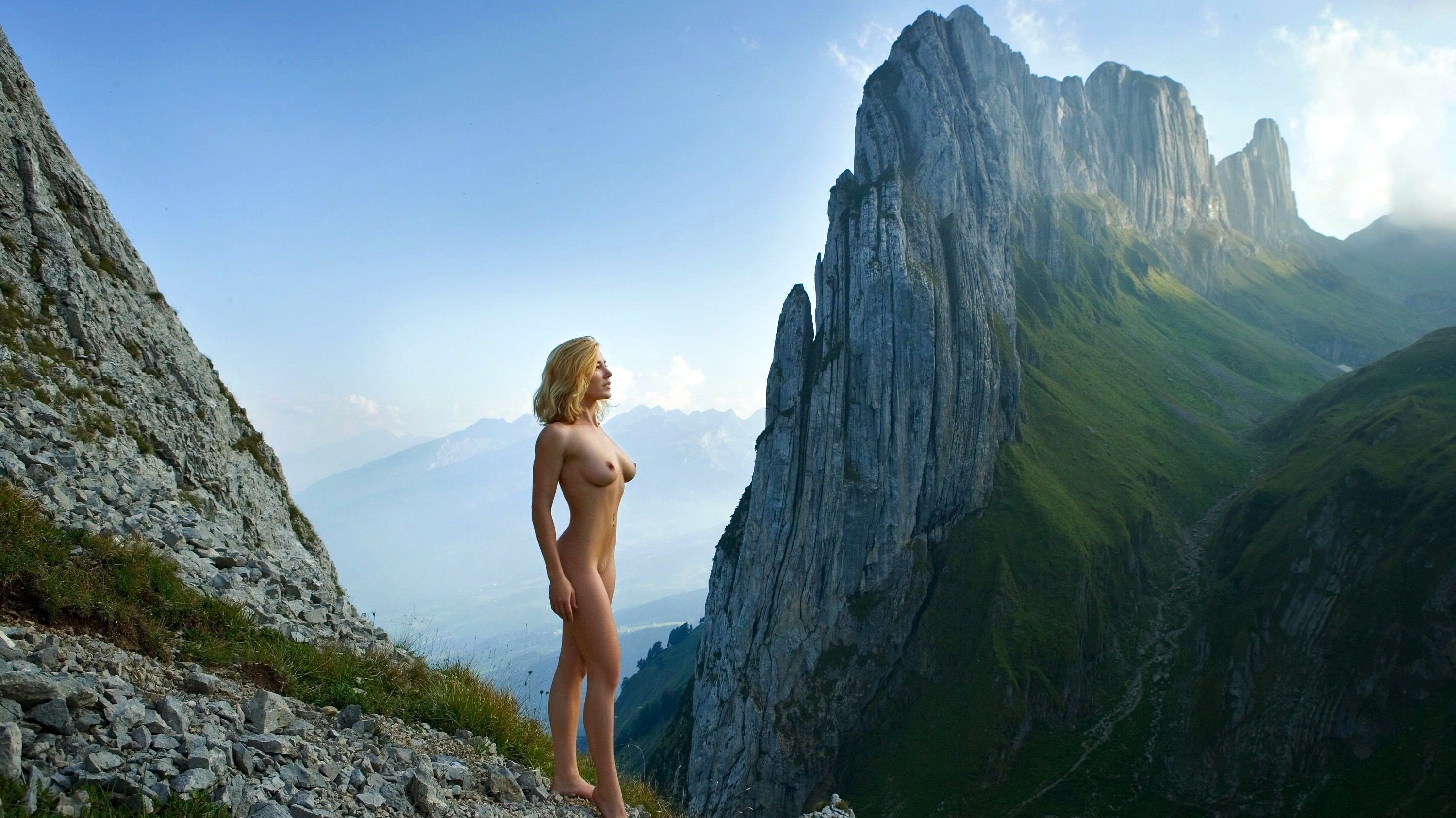 Download Wallpaper Blonde Mountains Girl Tits, 3000X1686 -1550